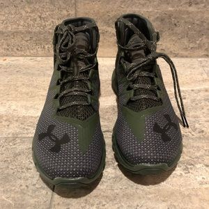 save off f8f49 35d54 Under Armour Shoes - New Under Armour The Rock Delta